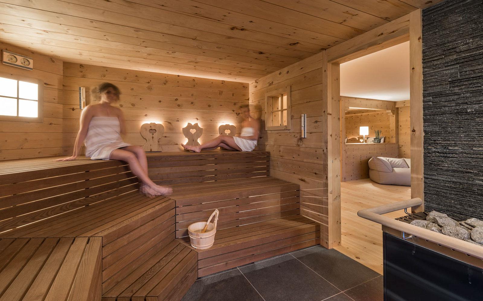 Hotel Mit Sauna Und Wellness Bereich In Kastelruth